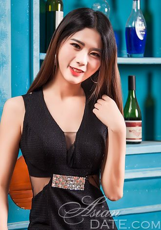 Absolutely dazzling profiles: Thai member profile Sihan